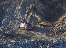 Iron ore futures prices rose 3.6% Brazil hopes to restart production
